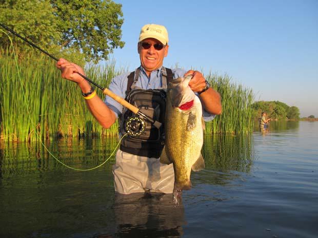 Conservation bass flourishing in florida s lake istokpoga for Florida lake fish