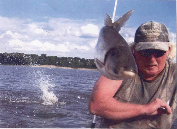 News: Asian carp breed in Great Lakes, threaten fishing