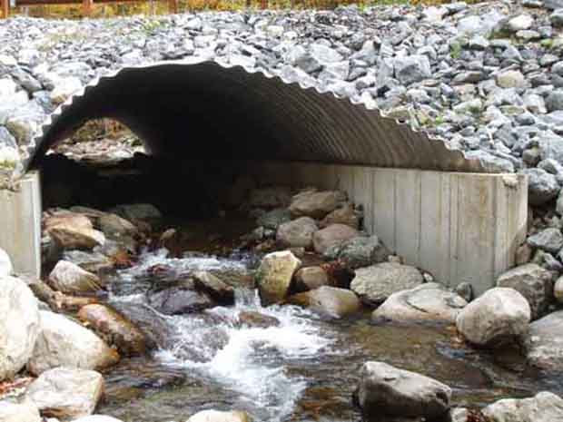 A well-designed road culvert. This will allow fish to pass and reduce the likelihood of flooding. Photo: U.S. Forest Service, Green Mountain National Forest