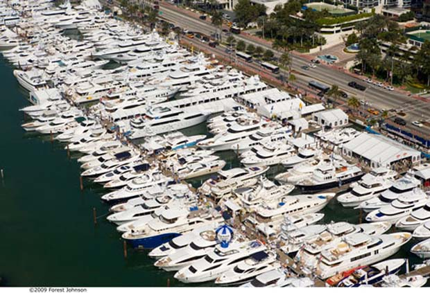 Boating: Miami International Boat Show
