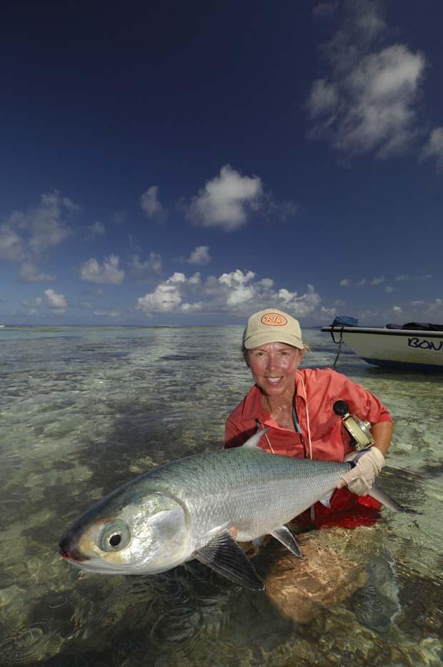 Alphonse Island milk fish. Beck photo.