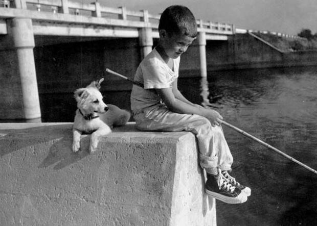 boy-with-fishing-pole2