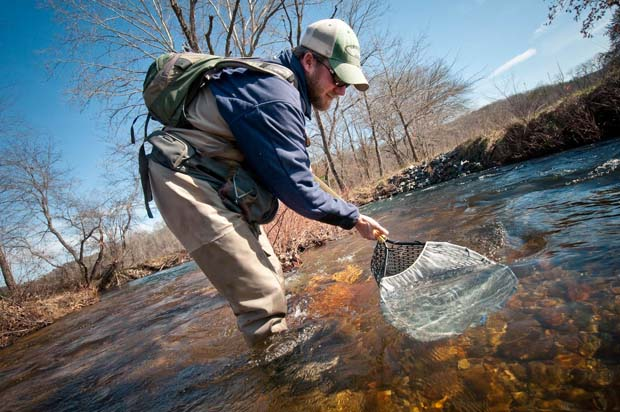"""Tips & Tactics: Ordinary, inexpensive """"stuff"""" can make life on the water easier"""