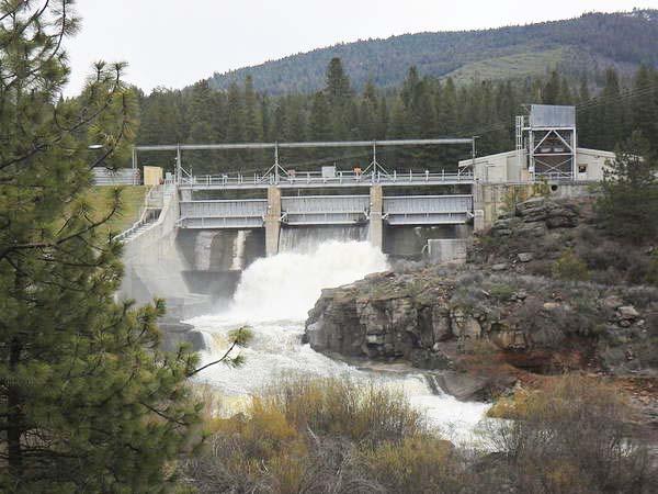 The Klamath River dam removals has detractors selling BS