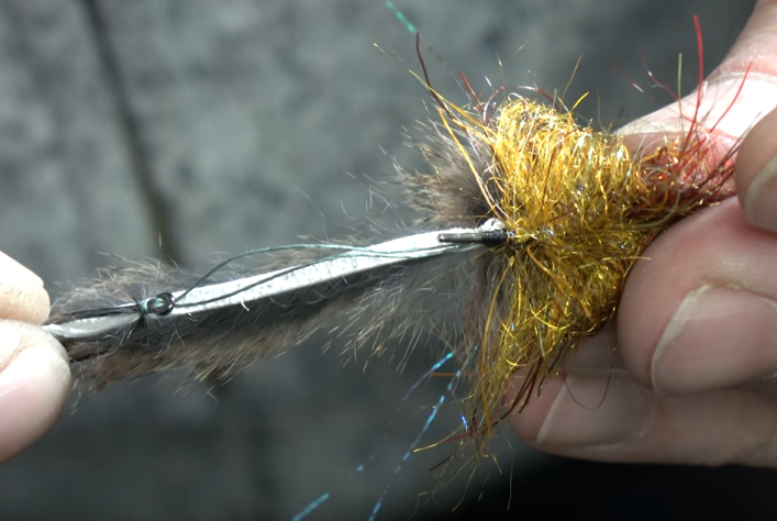 Tips & Tactics: How to Make the Twisted Hitch for Rabbit Strip Flies